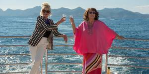 Joanna Lumley og Jennifer Saunders i Absolutely Fabulous: The Movie