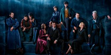 Johnny Depp, Jude Law, Dan Fogler, Alison Sudol, Eddie Redmayne, Katherine Waterston, Claudia Kim, Zoë Kravitz, Ezra Miller og Callum Turner i Fantastic Beasts: The Crimes of Grindelwald