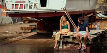 Shailene Woodley og Sam Claflin i Adrift