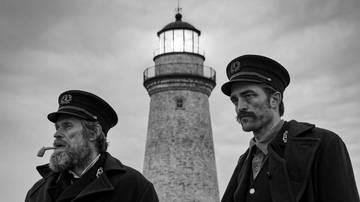 Willem Dafoe og Robert Pattinson i The Lighthouse