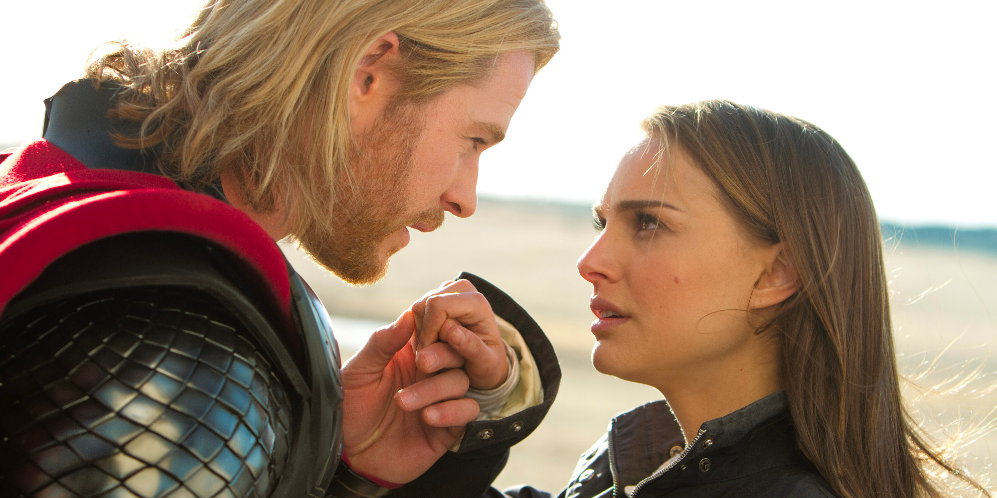 Chris Hemsworth og Natalie Portman i Thor (2011)