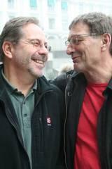 Produsent Rune H. Trondsen og SOS Svartskjær-regissør og manusforfatter Arne Lindtner Næss er fornøyde med resultatet